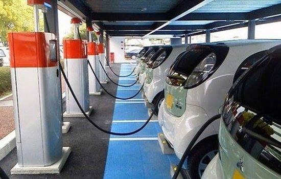 Приключи приемането на проекти за купуване на електромобили