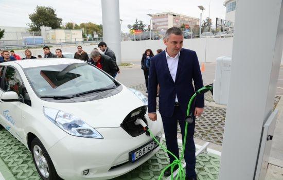 Нова зарядна станция за електромобили във Варна